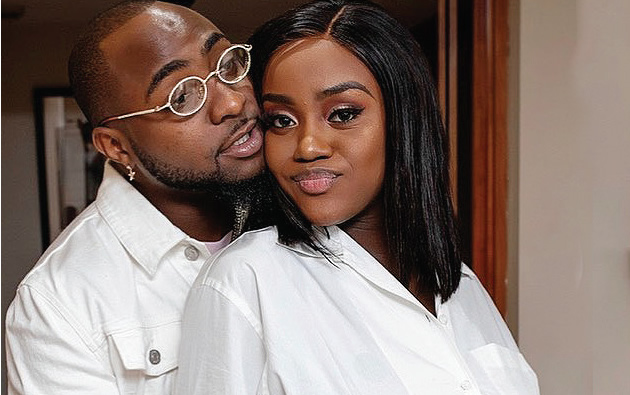Davido & Chioma Get Freaky In Lagos Club Amid Break Up Rumors || Watch Video