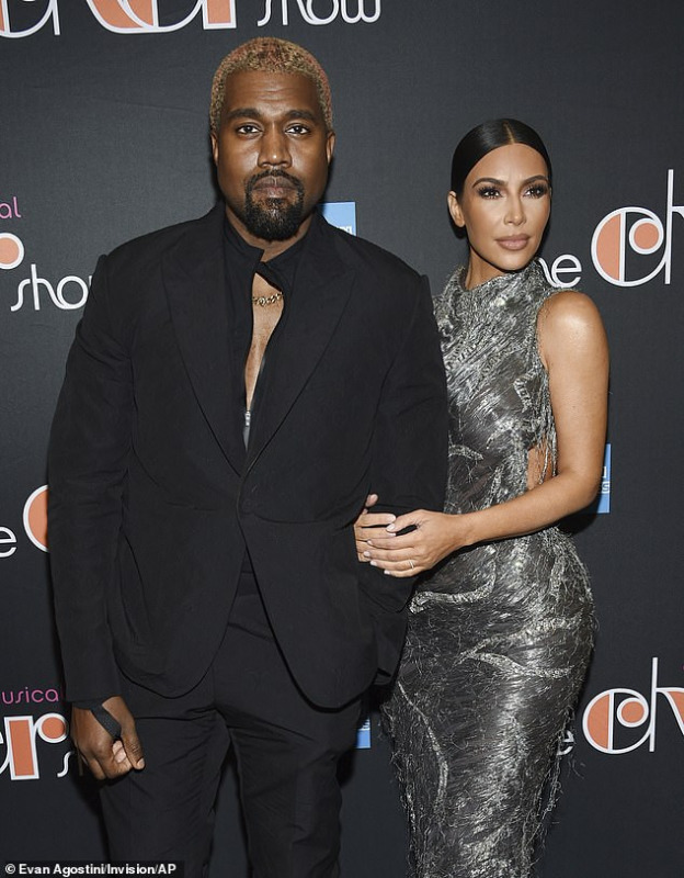 Kim Kardashian Breaks Down In Tears After Meeting With Kanye West Amid Marriage Crisis
