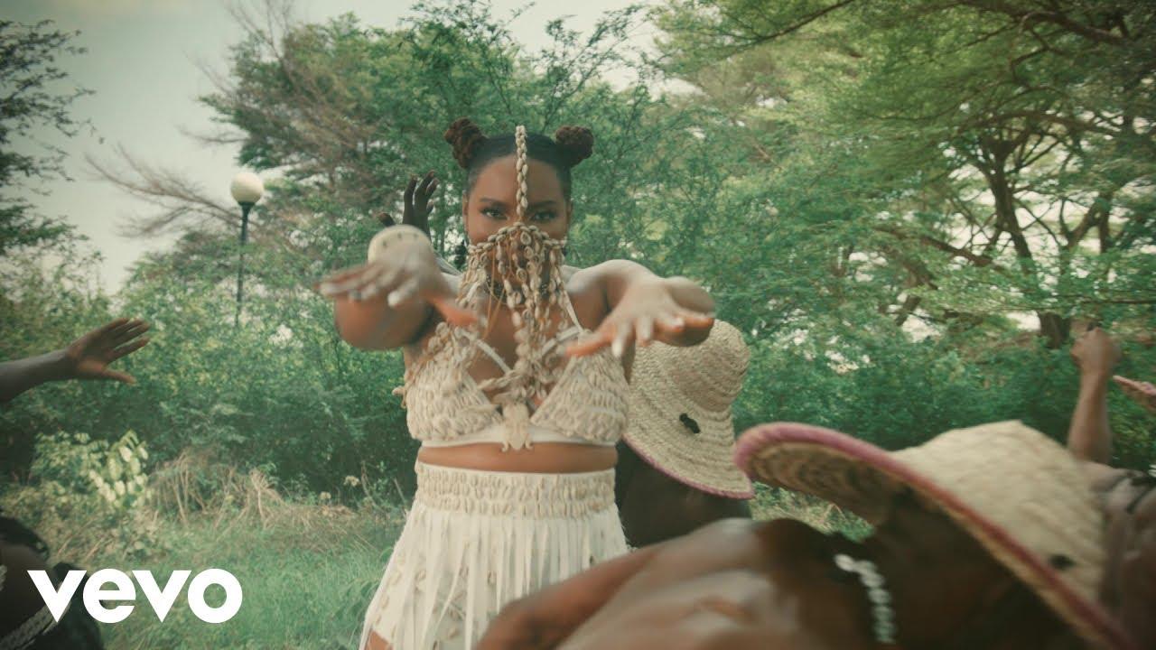 """Download Video: Yemi Alade – """"Dancina"""""""